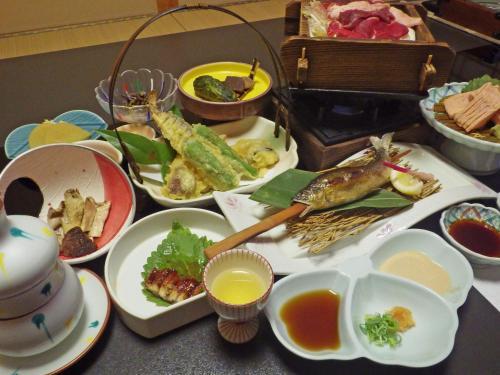 吉野家湖泉閣傳統日式旅館