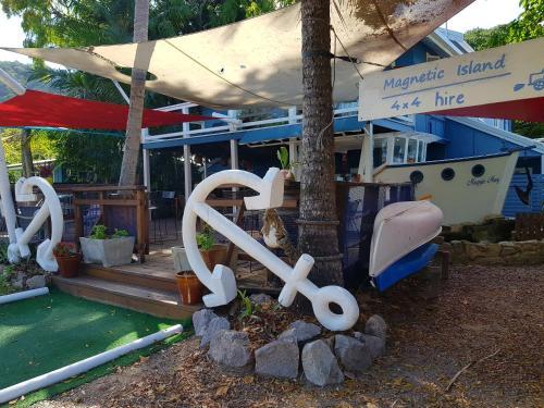Magnetic Island Beach House Rentals