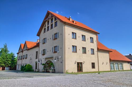 . Villa Estera - Hotel & Restauracja