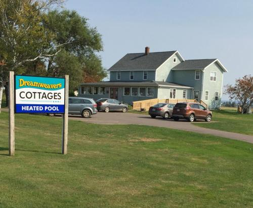 . Dreamweavers Cottages and Home Place Vacation Home