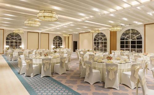 Al Habtoor Polo Resort photo 25