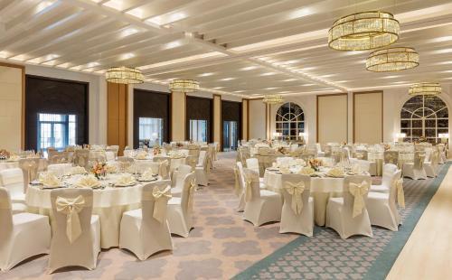 Al Habtoor Polo Resort photo 26