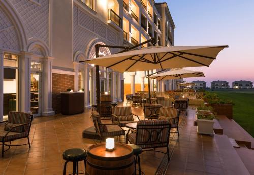 Al Habtoor Polo Resort photo 28