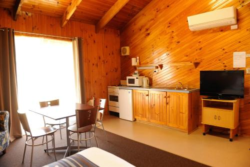 Cottage (2 Guests)