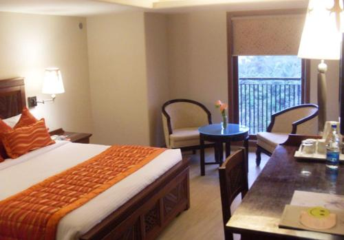 HotelSai Palace Inn