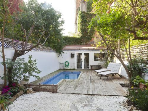 Barcelona Pool Villa photo 44