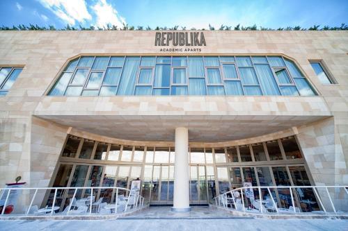 Istanbul Republika Ortakoy Aparts discount