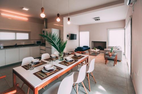 Azalea Luxury Lodge