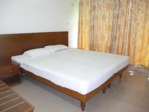 KTDC Suvasam Lake Resort 2