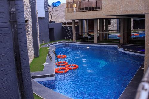 . Morzi Hotel & Suites