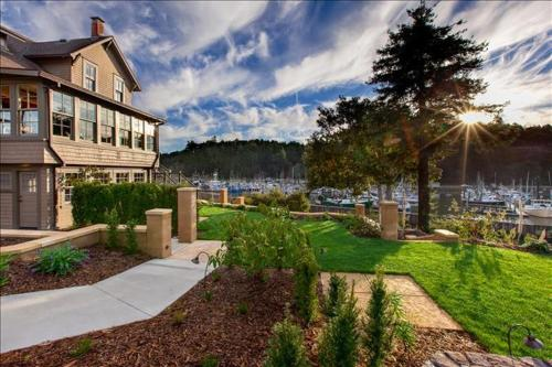 Noyo Harbor Inn - Fort Bragg, CA 95437