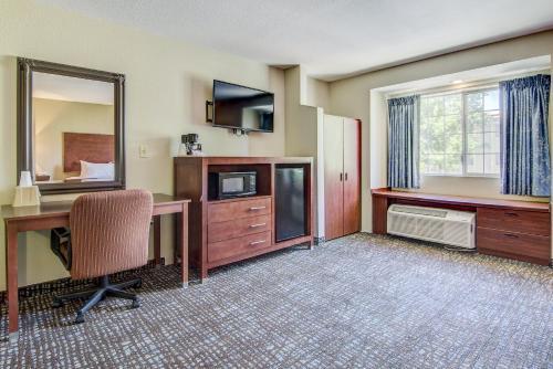 SureStay Plus Hotel by Best Western Rocklin - Rocklin, CA 95677-2835