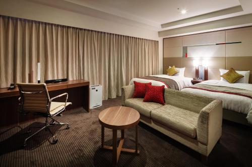 Фото отеля JR-EAST Hotel Mets Niigata