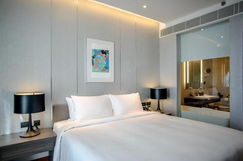 Amara Bangkok Hotel photo 40