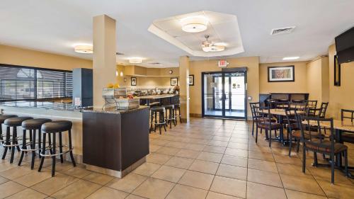 Best Western St. Louis Inn - Saint Louis, MO MO 63129