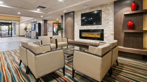 Best Western PLUS Port O'Call Hotel - Calgary, AB T2E 6V4