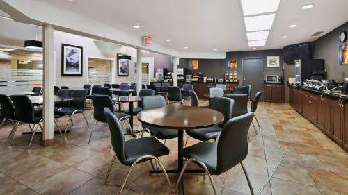 Best Western Airport Inn - Calgary, AB T2E 7T8