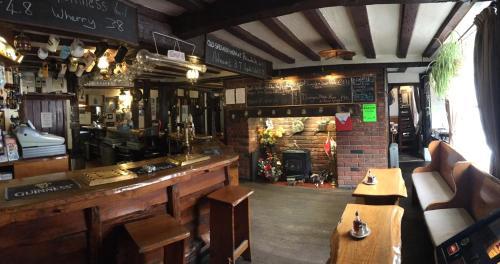 Sorrel Horse Inn - Photo 2 of 17