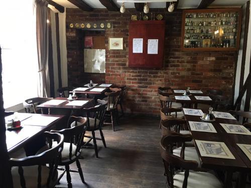 Sorrel Horse Inn - Photo 8 of 17