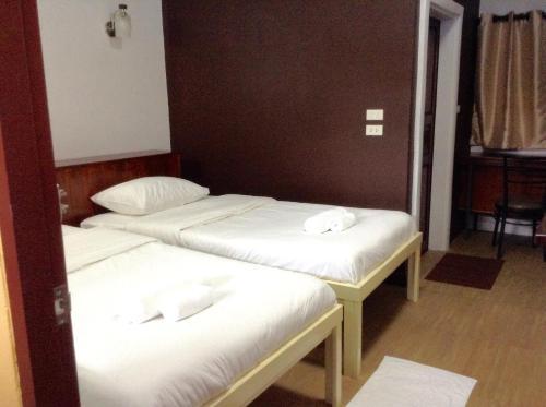 BC Guesthouse Si Phraya photo 4