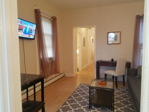 Resavoir Apartments - Jersey City, NJ 07307