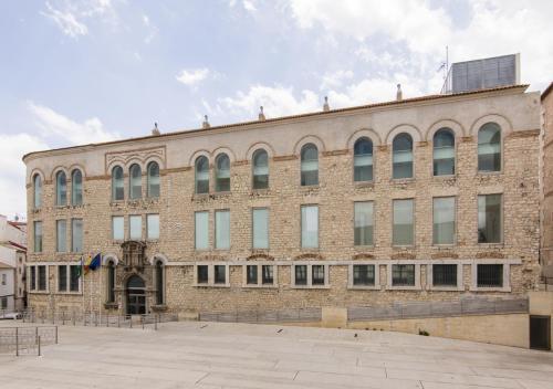 Albergue Inturjoven Jaen - Accommodation - Jaén