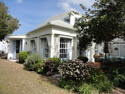 Eastbury Cottage