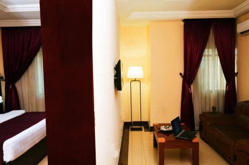 Swiss Spirit Hotel & Suites Danag - Port Harcourt rum bilder