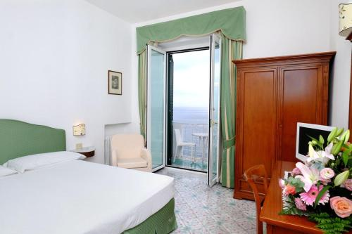 Via Pantaleone Comite, 33, 84011 Amalfi SA, Italy.