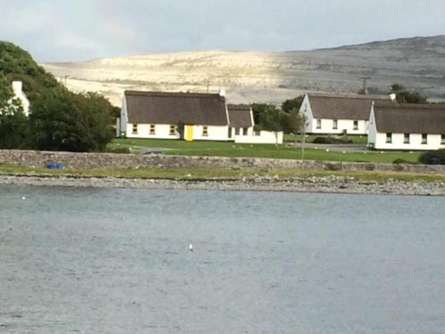 . Ballyvaughan Cottages