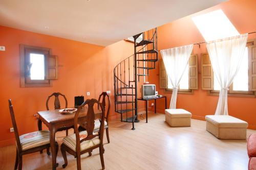 Suite Junior Dúplex Hotel Rincon de Traspalacio 1