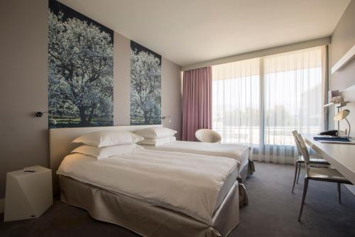 Radisson Blu Resort & Spa - image 11