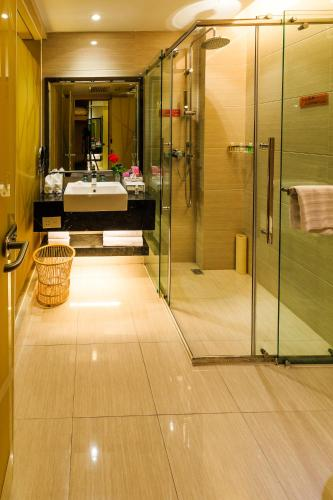 Vilu Reef International Hotel