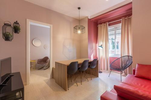 ApartEasy - Plaza España & Fira impression