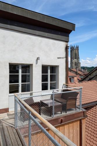 Aparthotel Hine Adon Fribourg - Accommodation