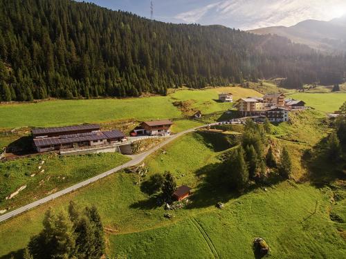 Berghotel & Gasthof Marlstein Oetz