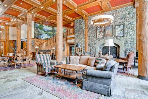 Mccoy Peak Lodge 402 - Beaver Creek, CO 81620