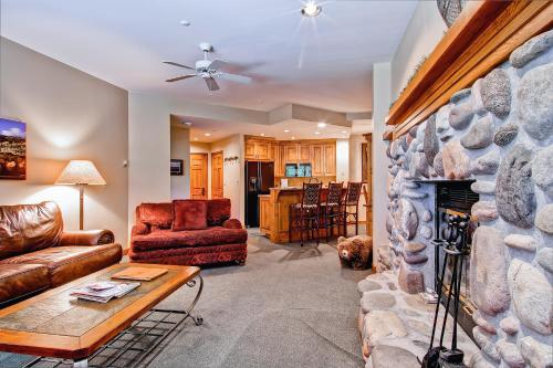 Highlands Lodge 105 - Beaver Creek, CO 81620