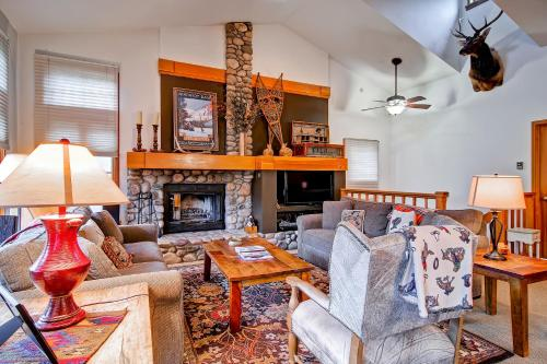 Meadows Townhome A5 - Beaver Creek, CO 81620