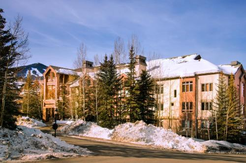Highlands Westview 102 - Beaver Creek, CO 81620