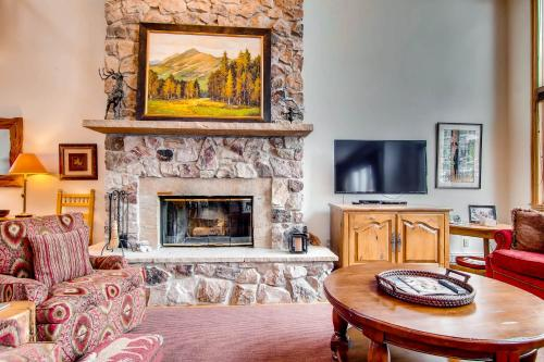 Stonegate Townhomes 03 - Beaver Creek, CO 81620