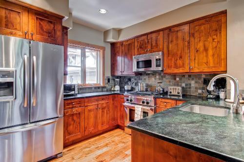 Villa Montane 221 - Beaver Creek, CO 81620