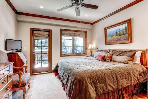 Oxford Court 202 - Beaver Creek, CO 81620