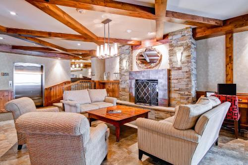 Kiva 327 - Beaver Creek, CO 81620