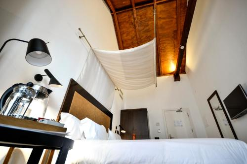 Standard Double or Twin Room Legado Alcazar 29