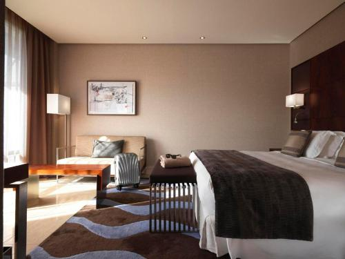 Deluxe Double or Twin Room Hotel Miramar Barcelona GL 18