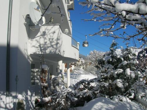 Wohlfühl-Ferienhaus Mühlegg, direkt an der Piste! Kappl