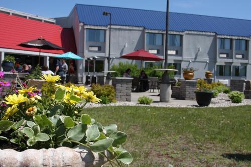 . Barkers Island Inn Resort & Conference Center
