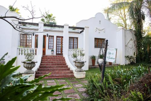 . Three Gables Guesthouse