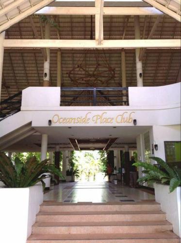 Oceansideplace Resort by Peerachart Oceansideplace Resort by Peerachart